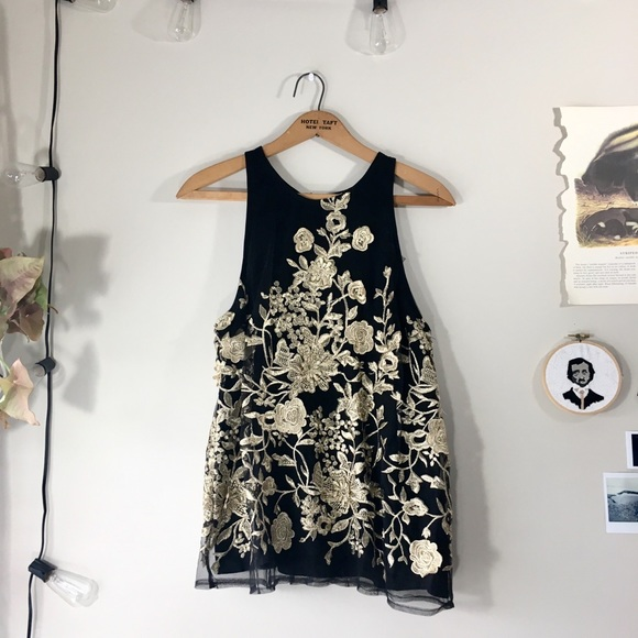 0f1db3f625fe53 Anthropologie Tops - Anthropologie Sunday in Brooklyn gold floral top